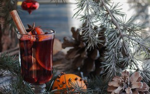 Значок для cup of hot mulled wine for Christmas