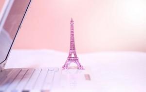 Icône pour Eiffel Tower Laptop