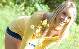 Ikona pro Beautiful Girl & Flowers