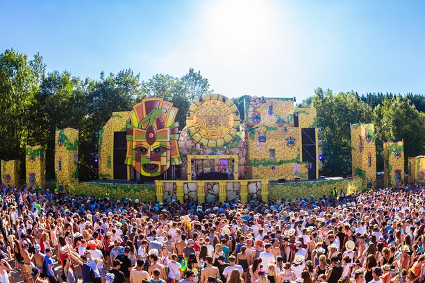 Snimak ekrana za Electric Love Festival 2015 - Stonehenge