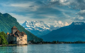 Dreaming at Chateau de Chillon ikonja