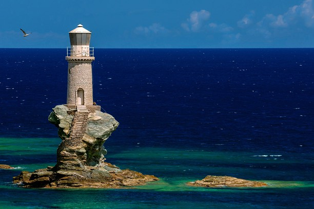 Снимок экрана для Lighthouse Tourlitis, in Andros island