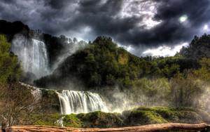 Значок для Storm Over Waterfall